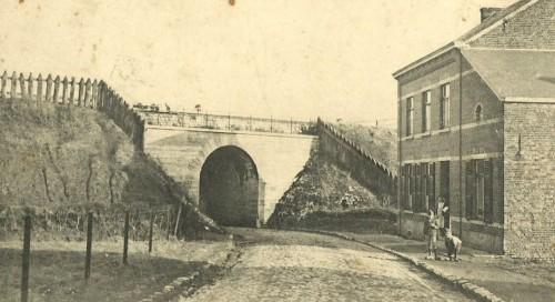 lonzee pont chemin de fer2.JPG
