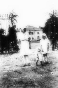 chateaugolzinne1945cghrisitnelambert.PNG.jpg